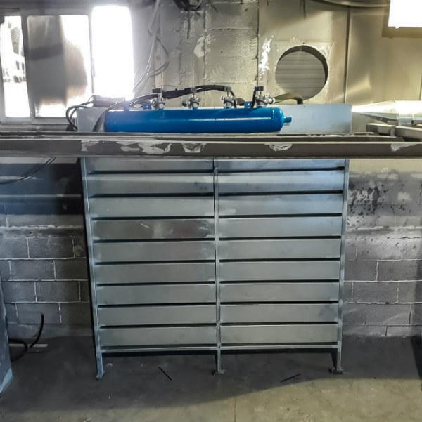 מצבעת מתכת תעשייתית לצביעה אלקטרוסטטית באבקות בתנור