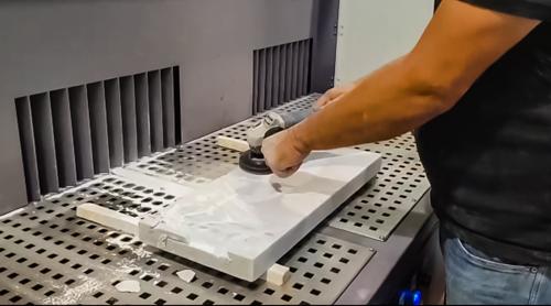שולחן שאיבה לאבק אבן